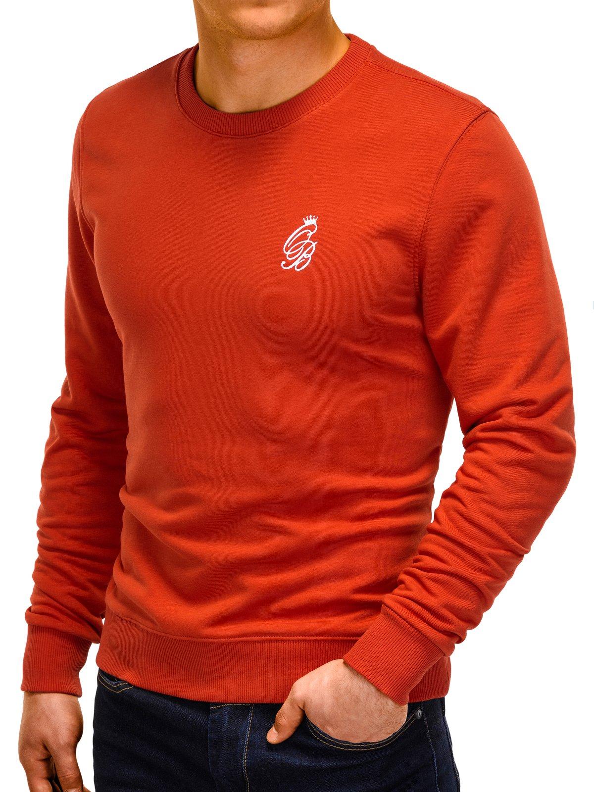 Czerwony sweter Ombre
