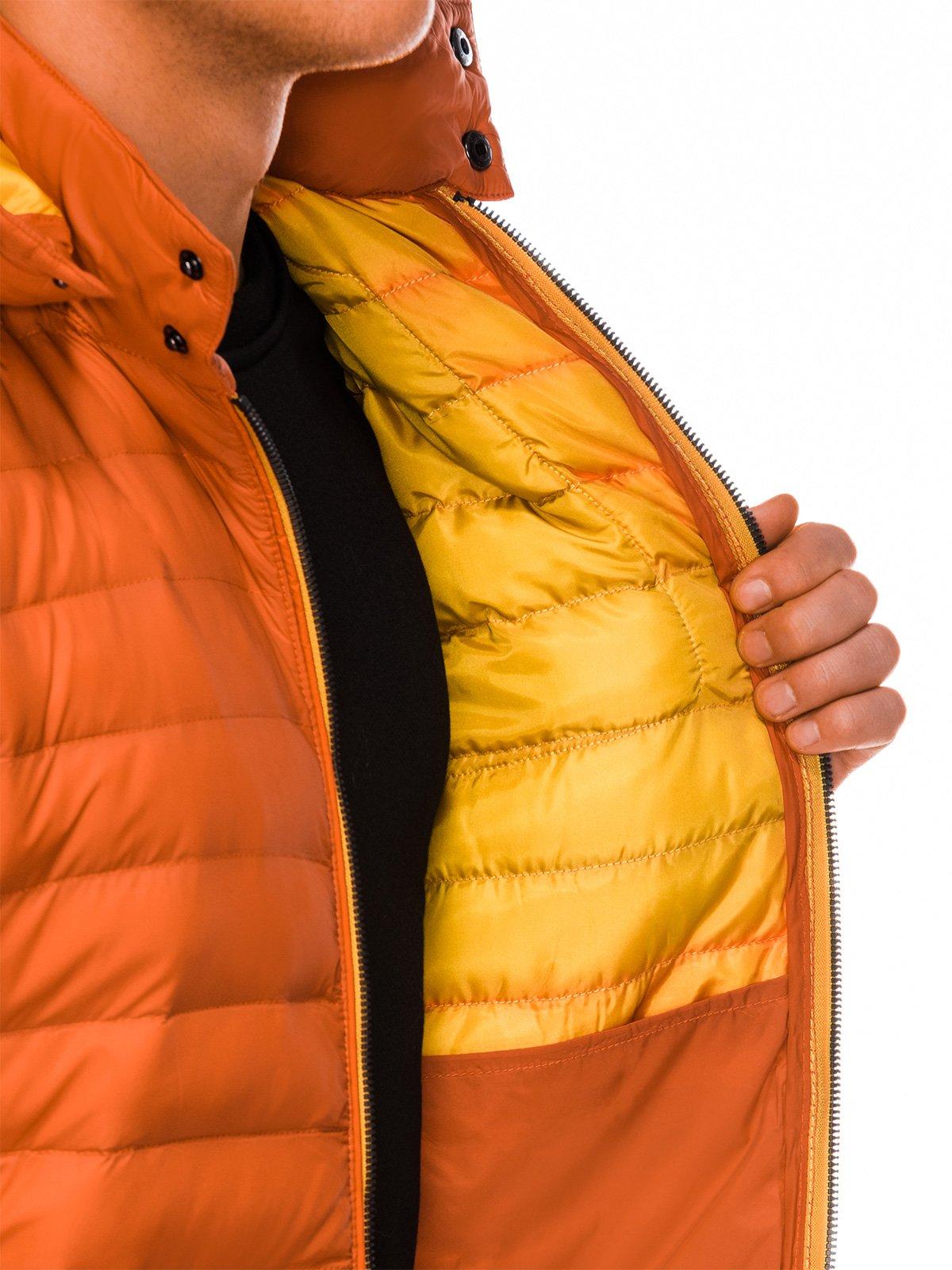1e58a7f5bfecb Kurtka męska przejściowa pikowana 291C - pomarańczowa | OUTLET OMBRE \  Kurtki \ Wszystkie OUTLET OMBRE \ Kurtki \ Przejściowe - Edoti.com
